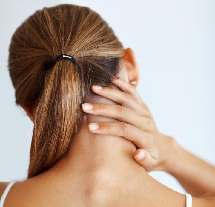 Das komplexe Schmerzsyndrom der Halswirbelsäule (CCPS) (Chron ...